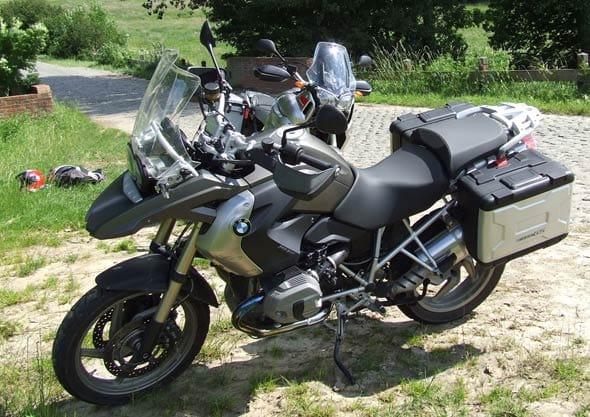 Motorlife Be Yamaha Super Tener 233 Xt1200z Contra Bmw